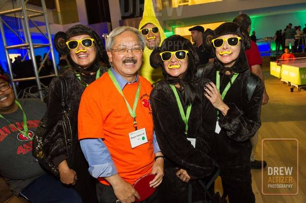 Stephanie Reynaga, Mayor Ed Lee, Patricia Bartow, Mauricio Alvarez and Ximena Alvarez
