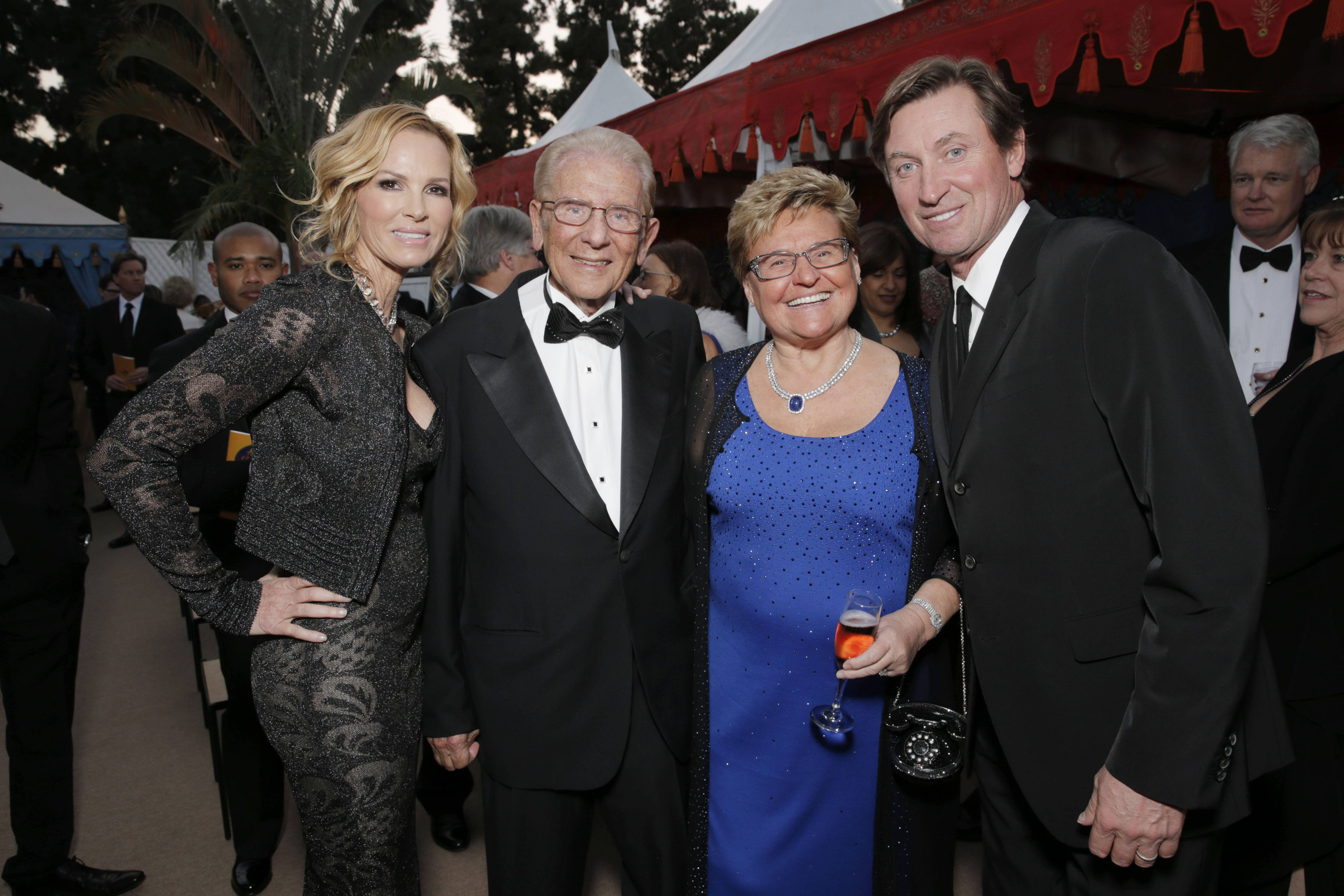 Janet Jones, Alfred Mann, Claudia Mann, Wayne Gretzky