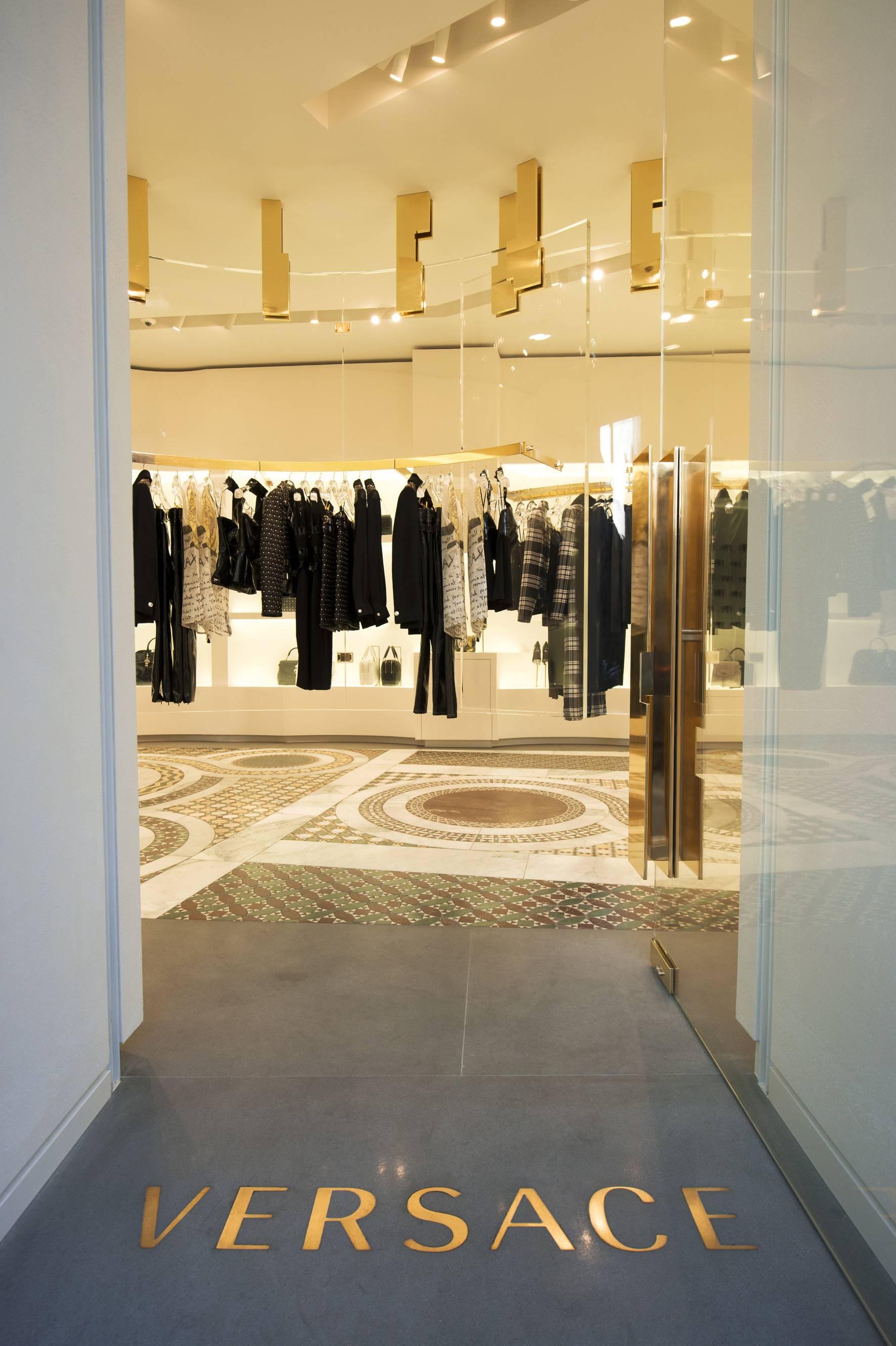 Versace Opens New Boutique in Rome's Piazza di Spagna ...