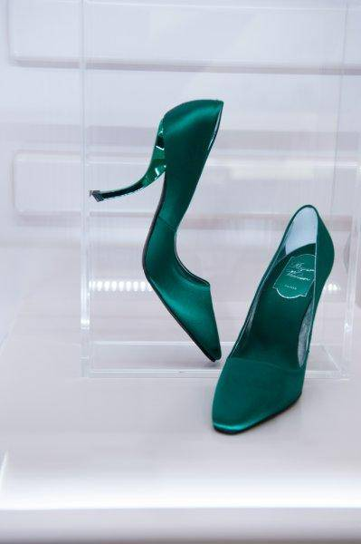 Virgule heels