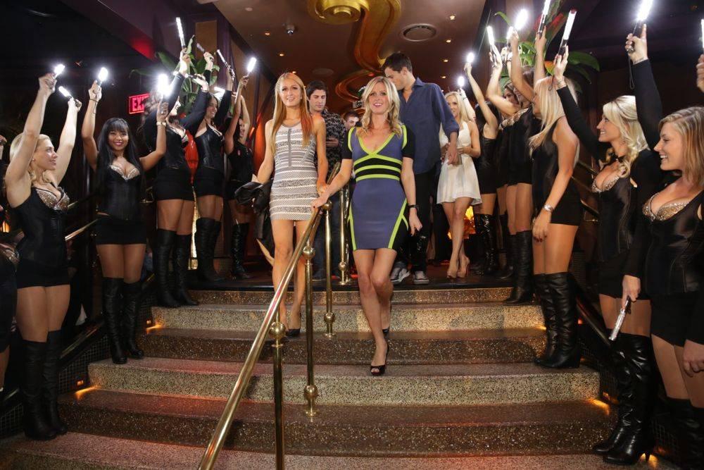 XS - Paris Nicky Hilton - entrance - 10.5.13