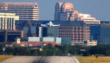 addison_airport