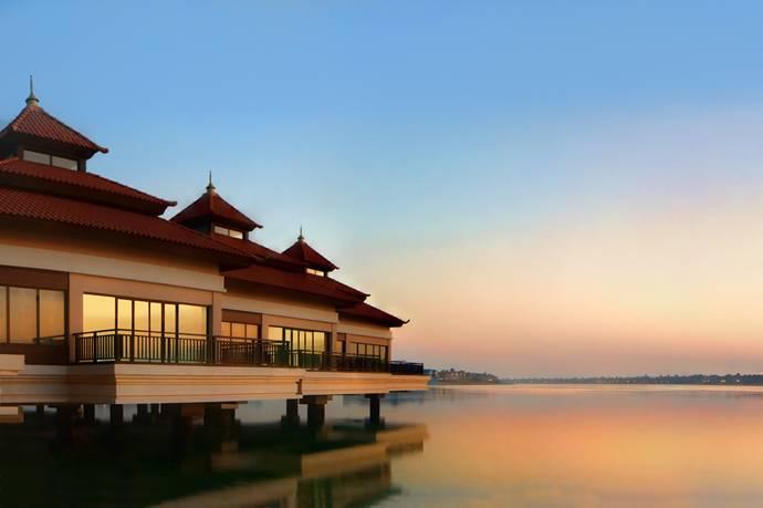 anantara-water-villas-sunset