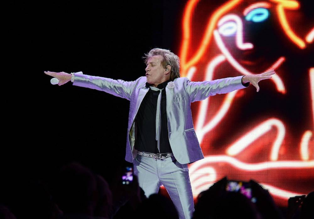 "Rod Stewart performs in his residency show ""Rod Stewart: The Hits"" at The Colosseum at Caesars Palace. Photos: Denise Truscello/WireImage"