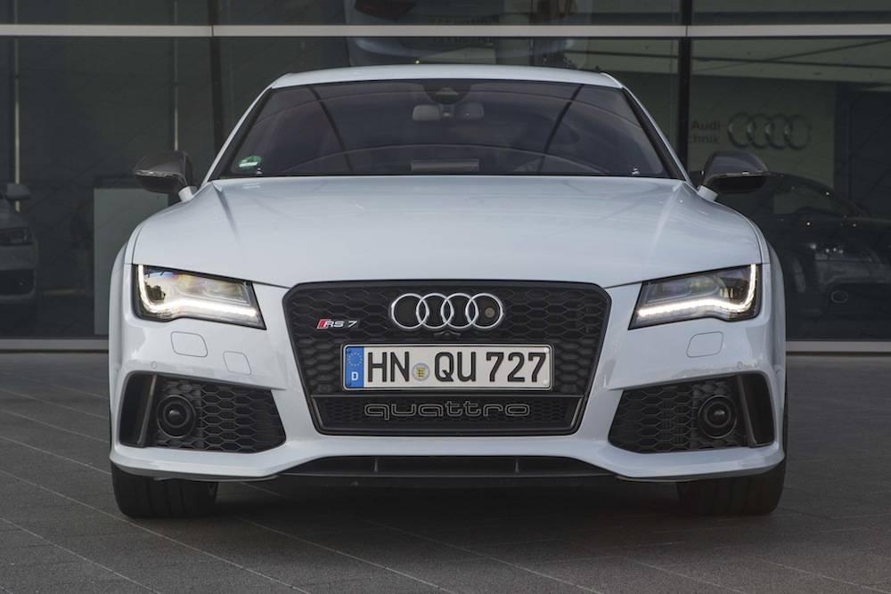 2014_Audi_RS_7....12
