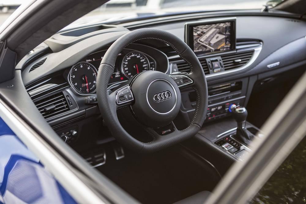 2014_Audi_RS_7....16