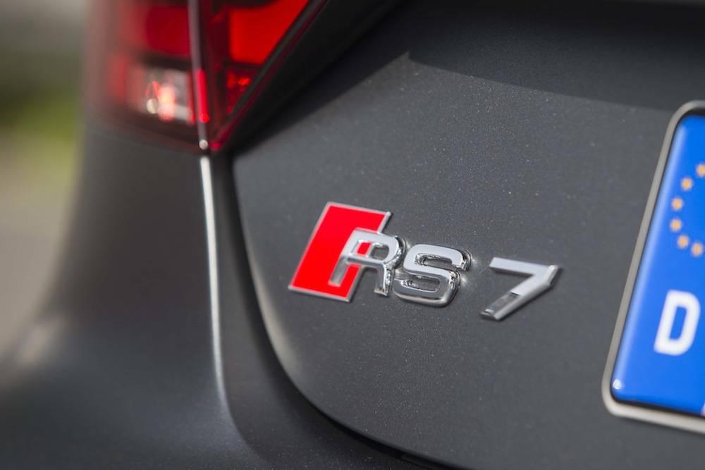 2014_Audi_RS_7....22