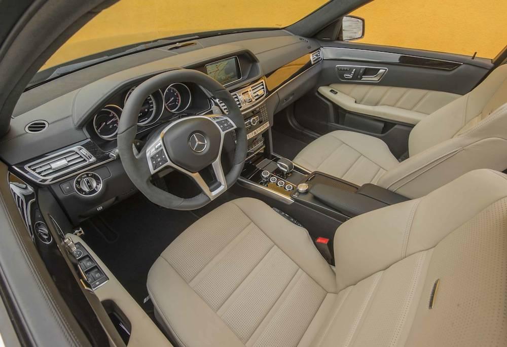 2014_Mercedes_Benz_E63_AMG_S-Model_4MATIC_Wagon...05