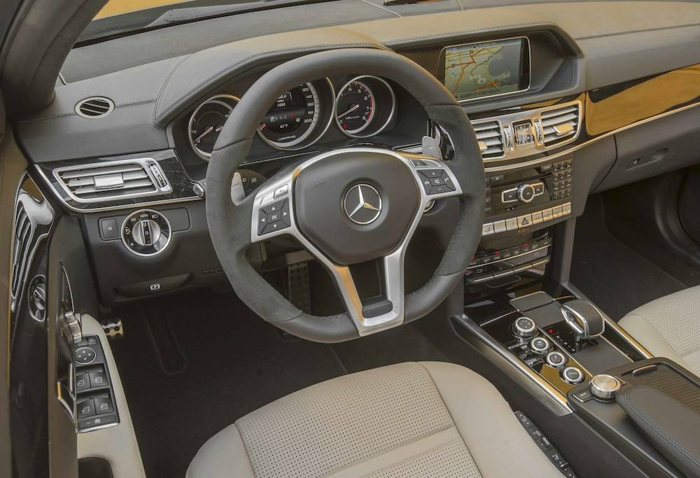 2014_Mercedes_Benz_E63_AMG_S-Model_4MATIC_Wagon...06