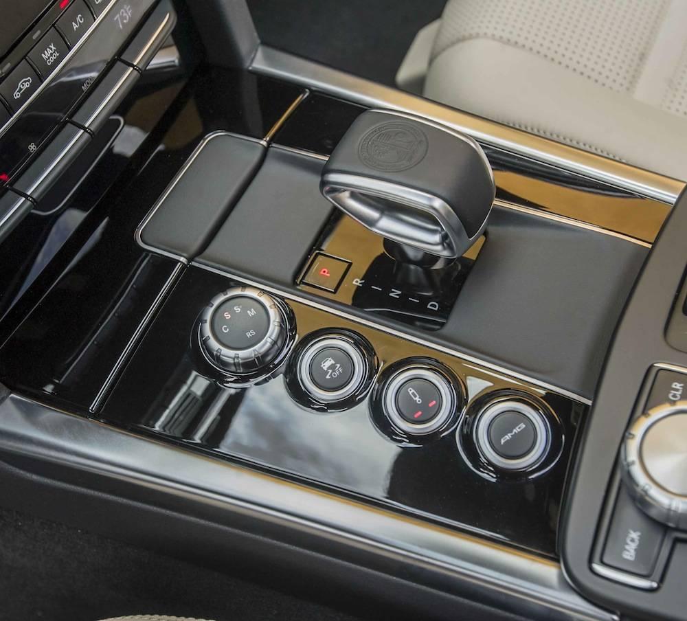 2014_Mercedes_Benz_E63_AMG_S-Model_4MATIC_Wagon...11