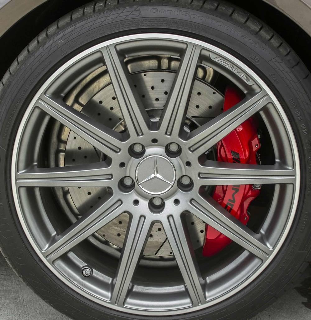 2014_Mercedes_Benz_E63_AMG_S-Model_4MATIC_Wagon...14