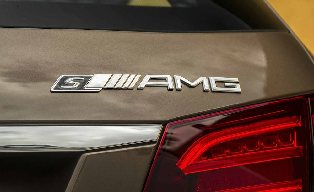 2014_Mercedes_Benz_E63_AMG_S-Model_4MATIC_Wagon...15