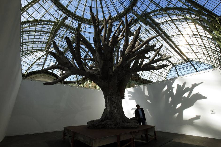 Iron-Tree-du-chinois-Ai-Weiwei copyright ParisMatch