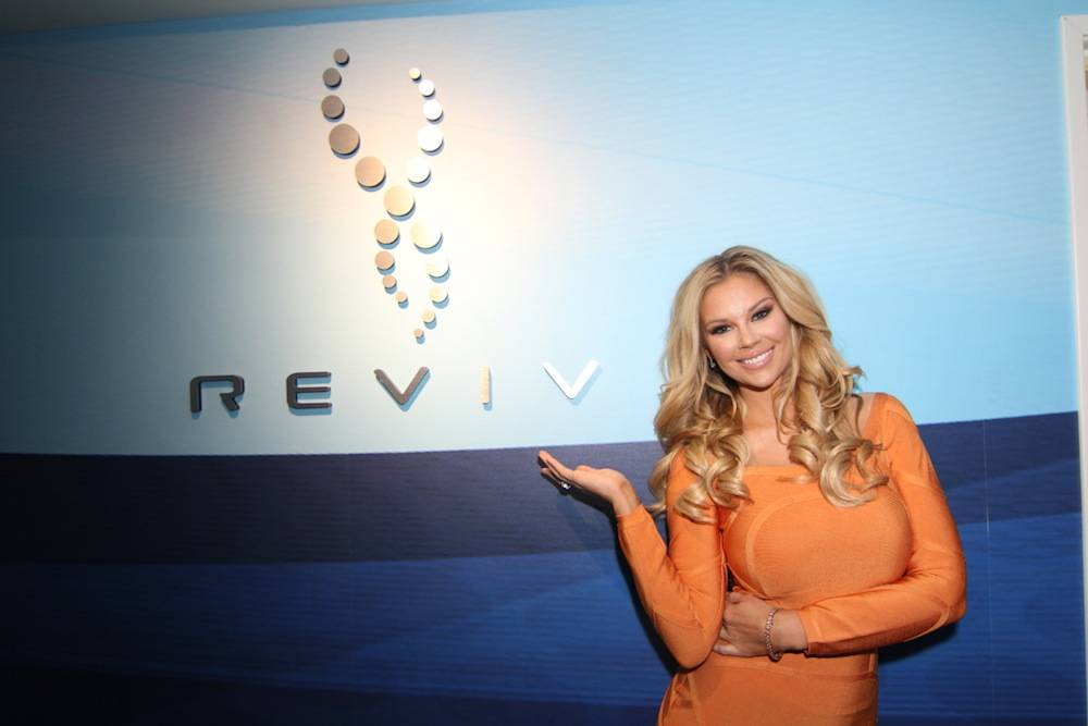 Jessa Hinton at Reviv. Photos: Jeff Ragazzo