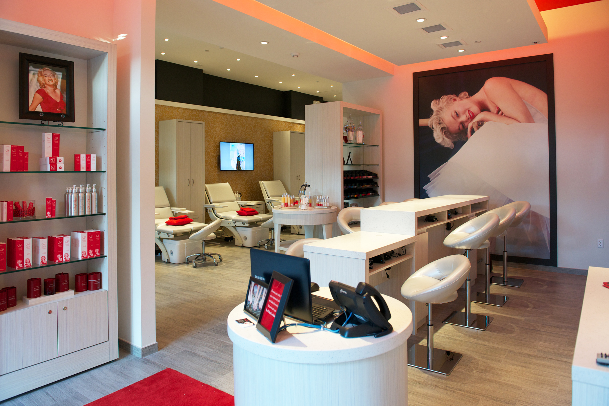0713a6c7f3 A glamorous nail spa has just opened in Midtown Miami named after the  sexiest starlet in history  Marilyn Monroe. The spa has luxurious oversize  chairs ...
