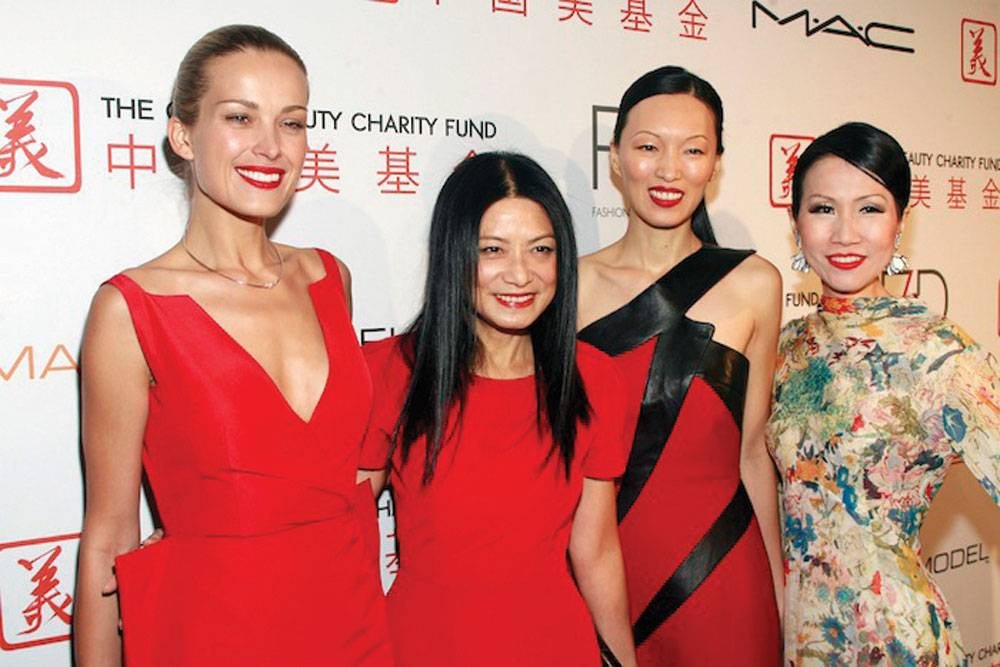 Petra Nemcova, Vivienne Tam, Liu Wen and Chiu-Ti Jansen