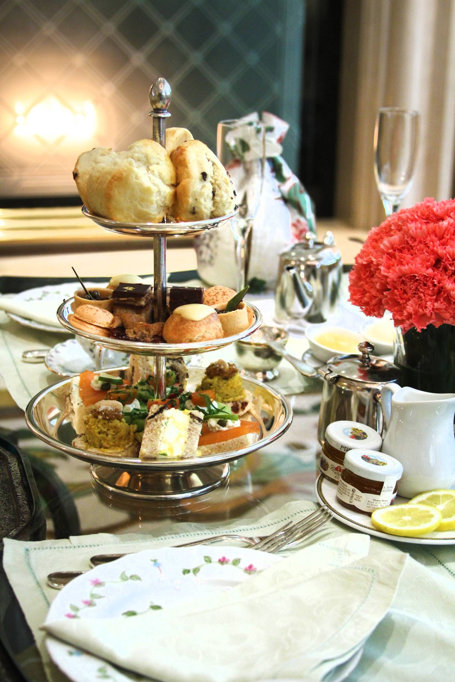 Tea And Crumpets The Top 5 Afternoon Teas In Los Angeles