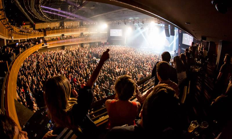 12_30_13ID_Crowd_B_BR_KABIK-22