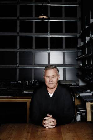 2013_12_18_HAUTELIVING_COVER_IANSCHRAGER__0089-(EDIT-01)