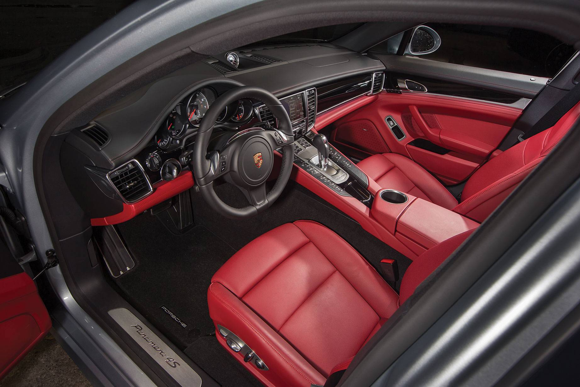 2014_Porsche_Panamera_Automotive_Rhythms_Haute_Auto1