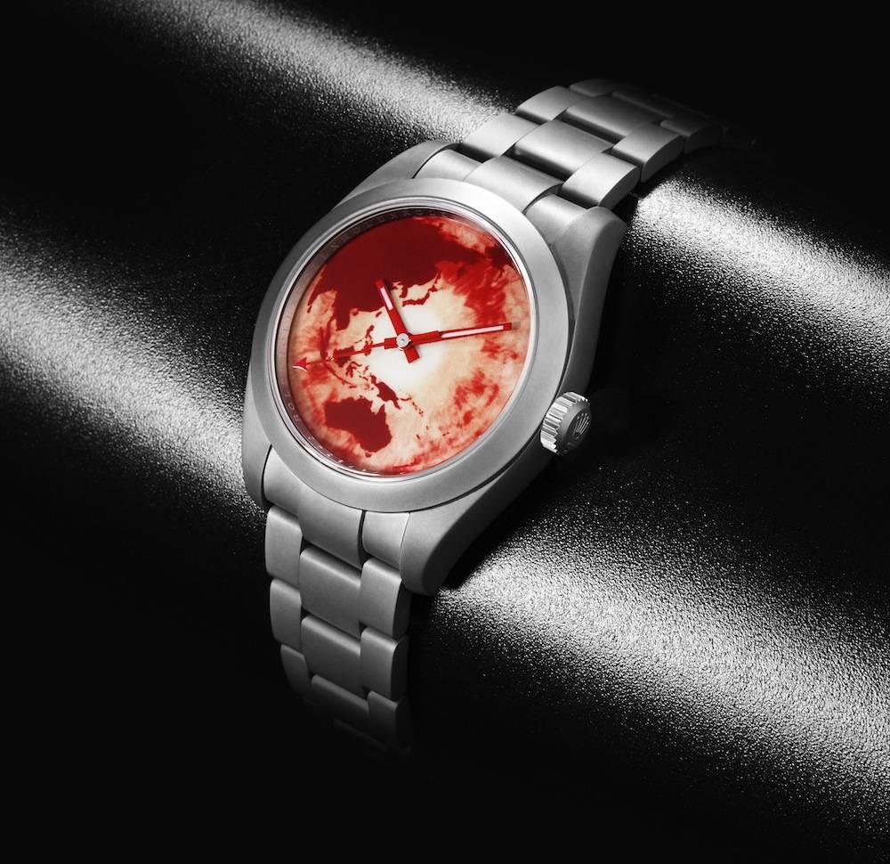 BWD-x-Marc-Quinn-Milgauss-Red-Ocean-Orbit_Angle