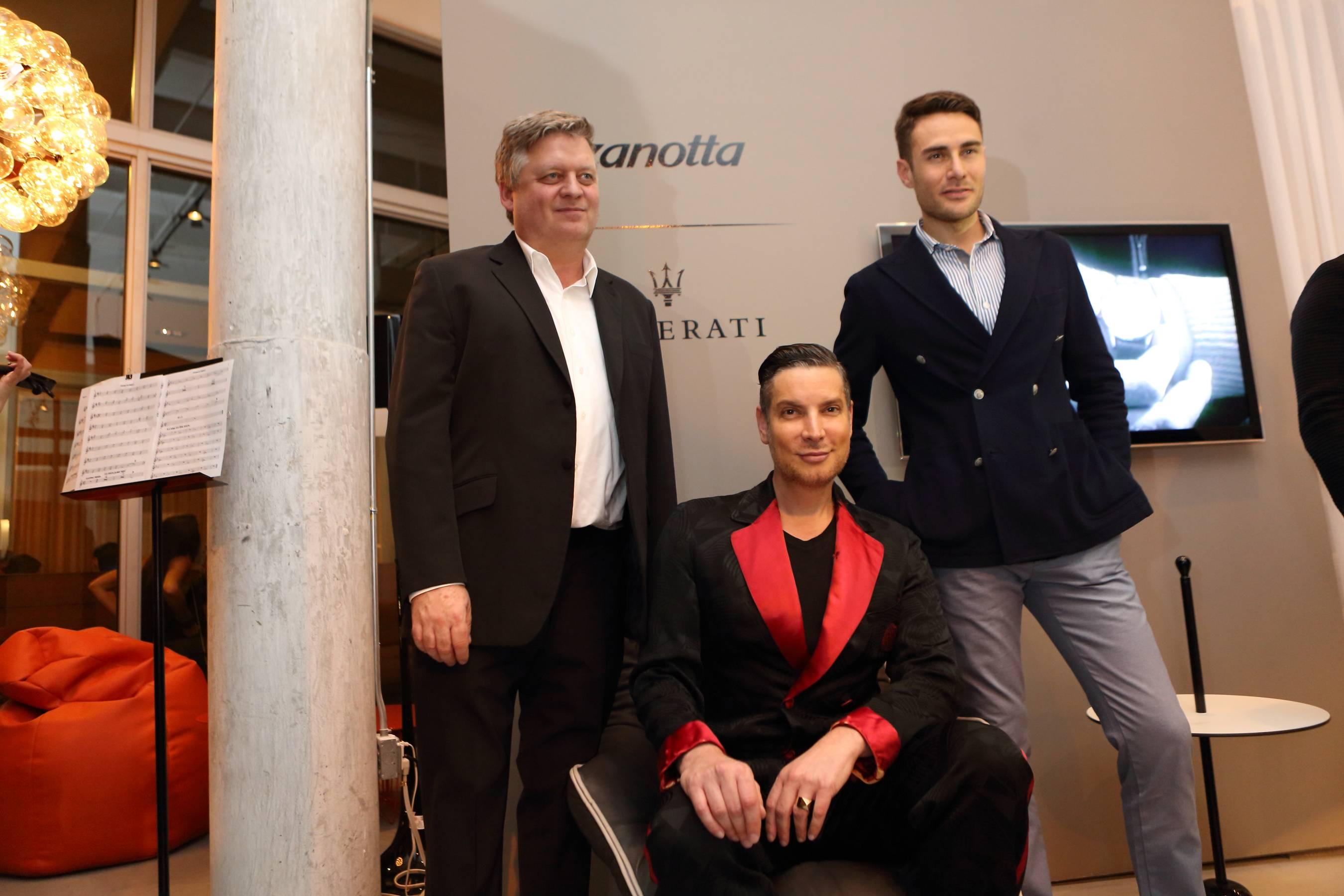 John Marquette,Cameron Silver, Mattia Crippa