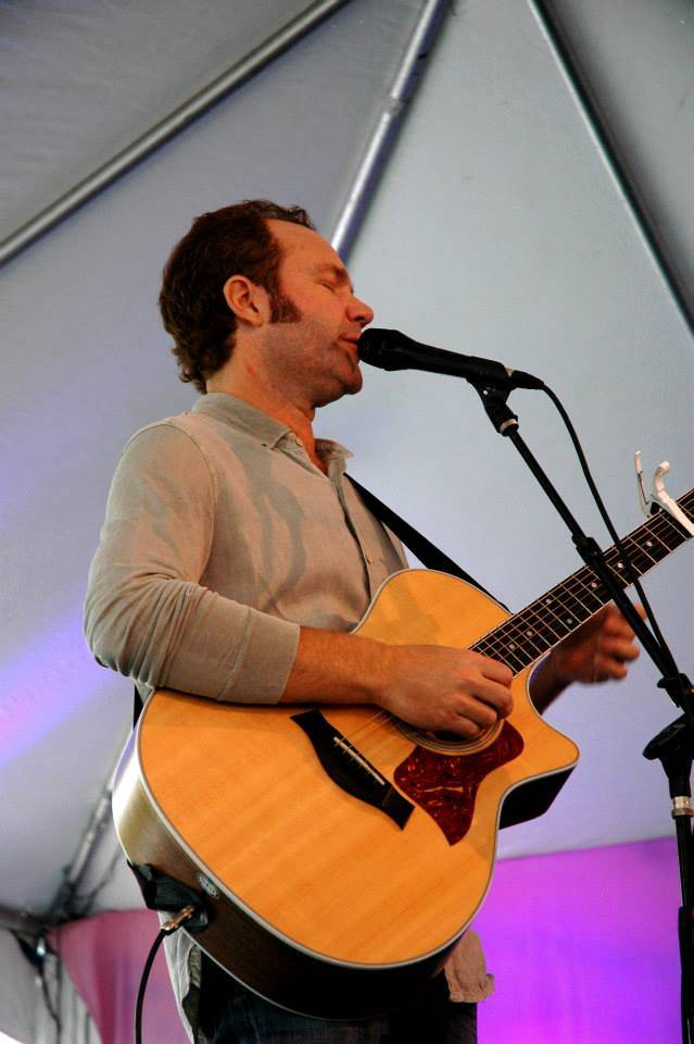 LITV4 - John Ondrasik rocked Sutter Home Winery!