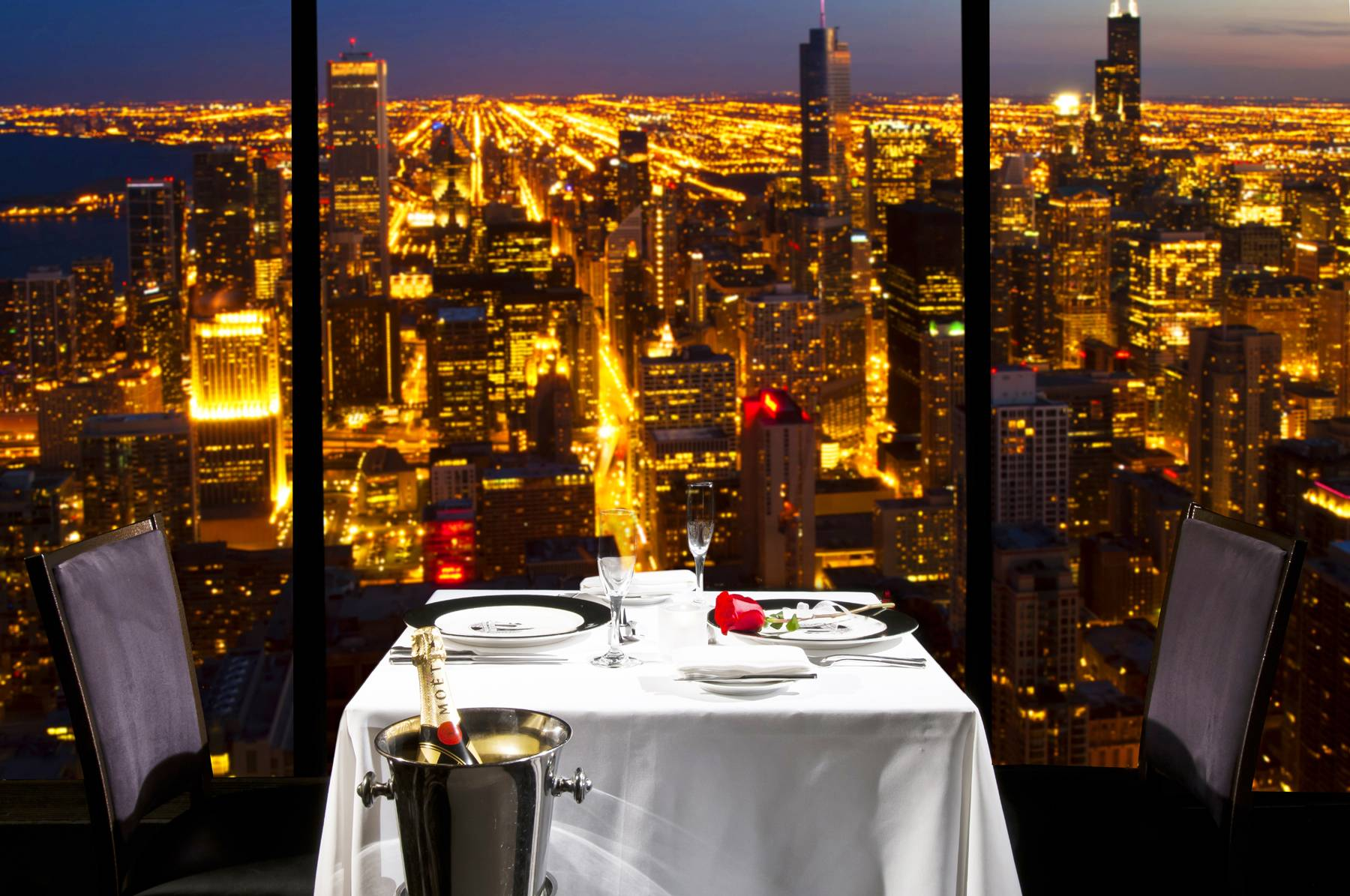 Best Restaurants Near Downtown Chicago