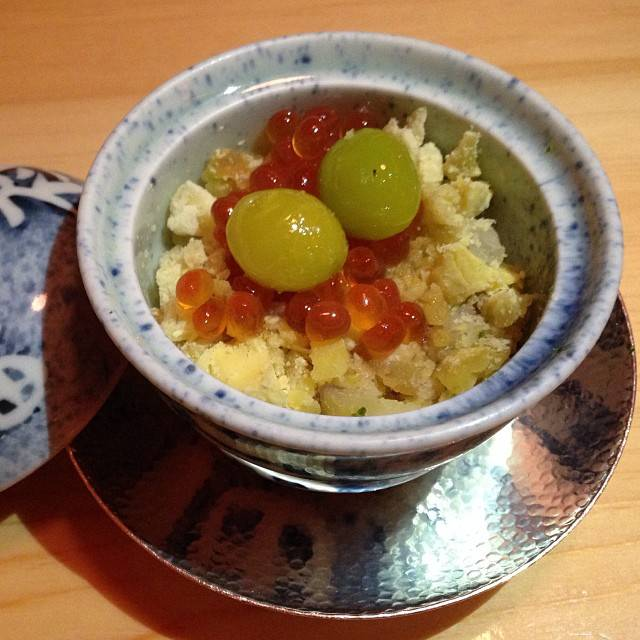 Sticky rice with chestnut and ikura