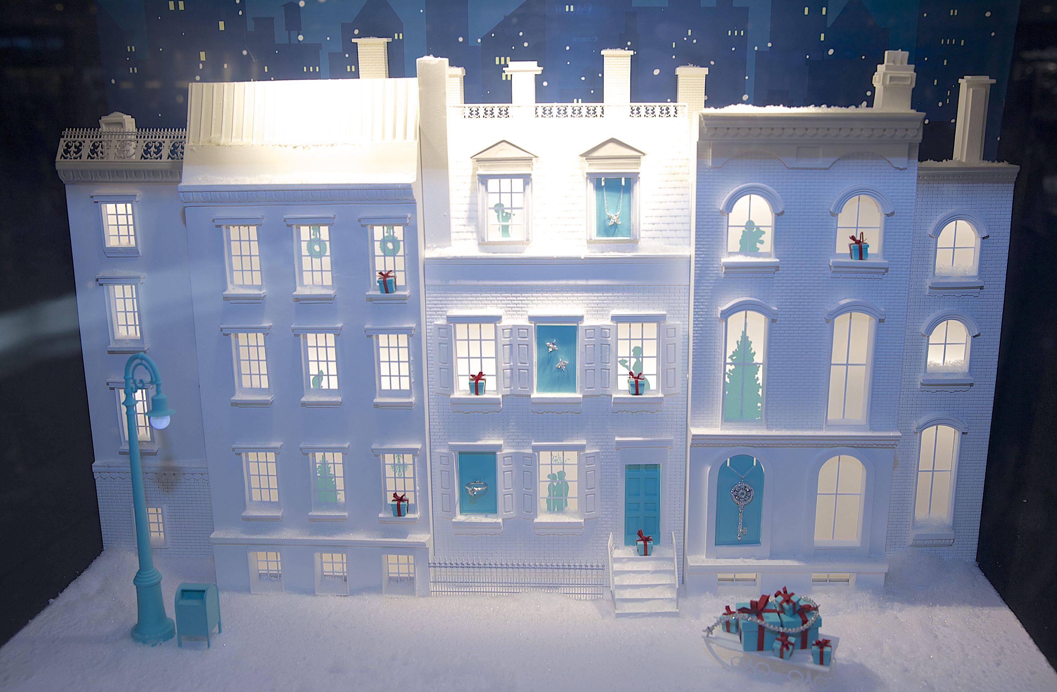 Tiffany Holiday Window3