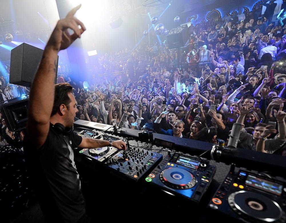 Sebastian Ingrosso Rings In 2014 At LIGHT Nightclub At Mandalay Bay In Las Vegas