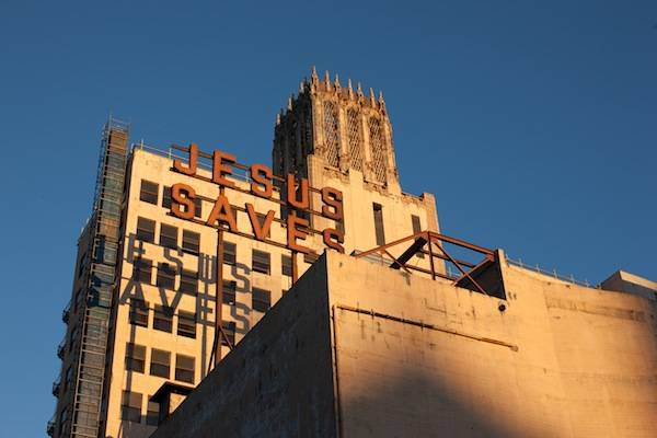 Ace_Hotel_Downtown_LA___Exterior___Jesus_Saves___Photo_by_Spencer_Lowell...