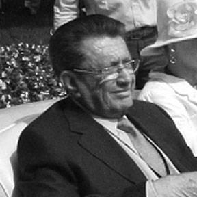 Arturo-Keller