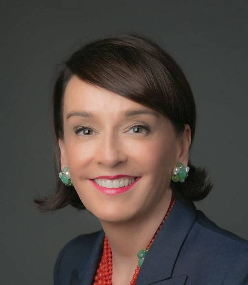 Dr.-Elisa-Stephens