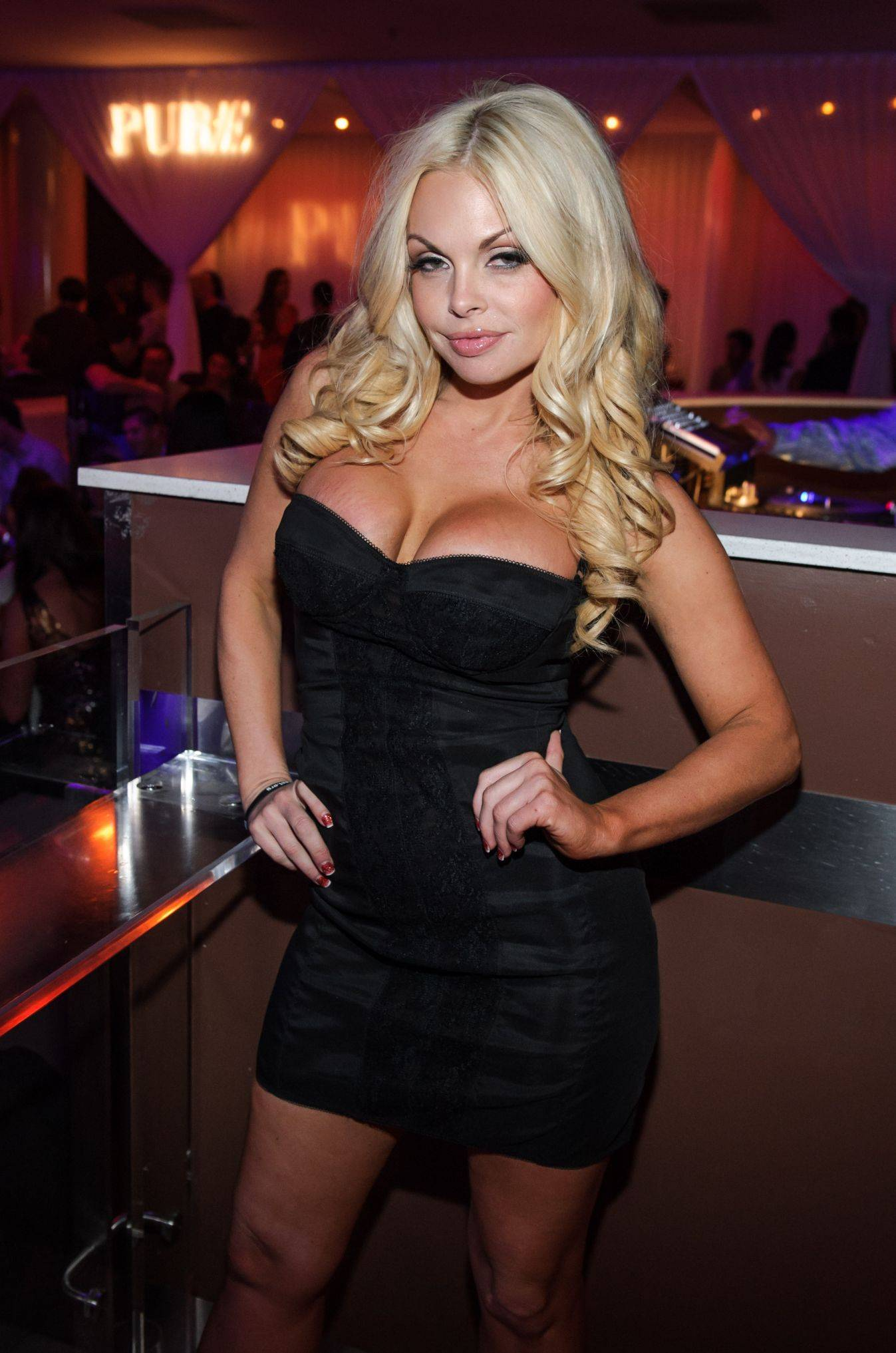 Photos Jesse Jane Hosts The Official Avn After Party At