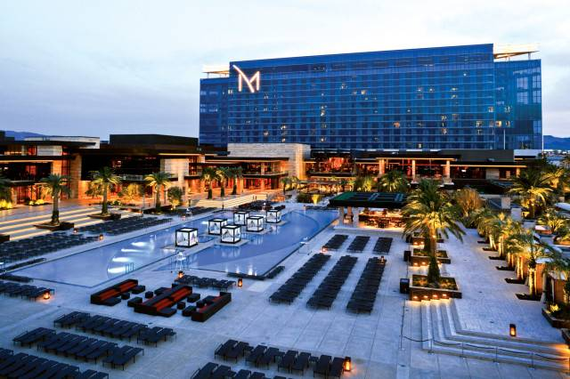 M-Resort-Exterior-Poolsideview-Daytime