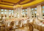 Tableau-Dining Room-Robert Miller-08-17