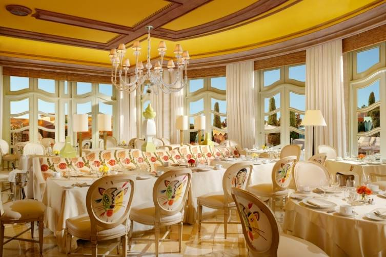 tucked away at wynn las vegas sits the tower suites cafe a modern french influenced american cuisine destination it has the feel of a private dining room - Private Dining Rooms Las Vegas