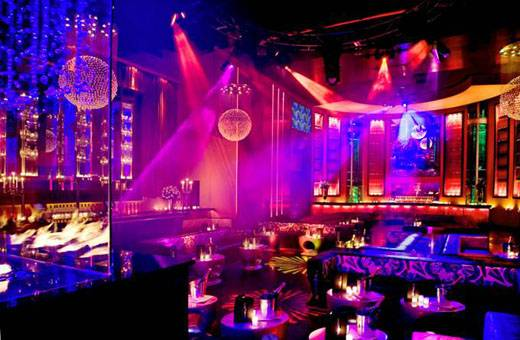 set-nightclub