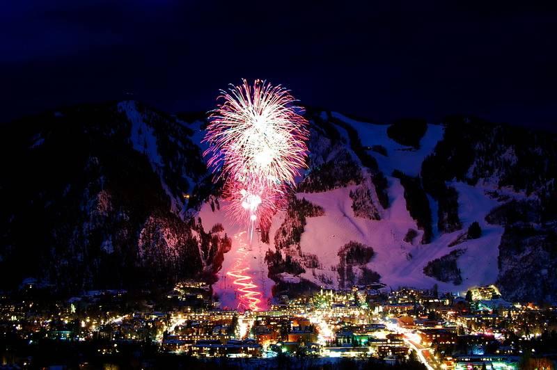 winterskol-fireworks2