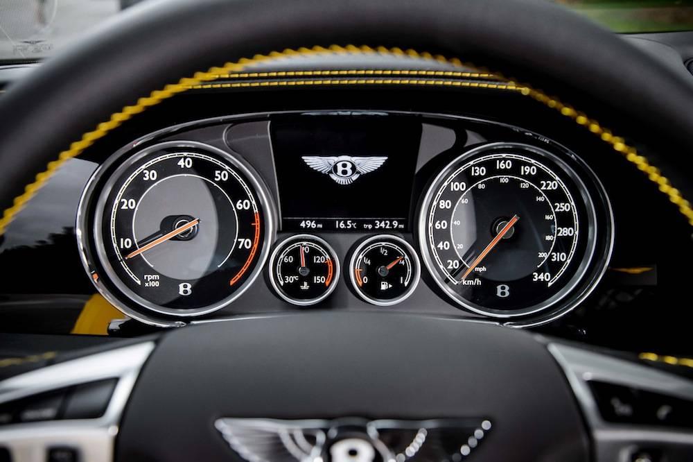 2015_Bentley_GT_V8_S....025