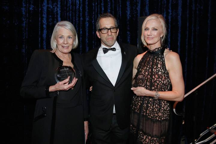 Vanessa-Redgrave,-Kenneth-Cole-and-Joely-Richardson