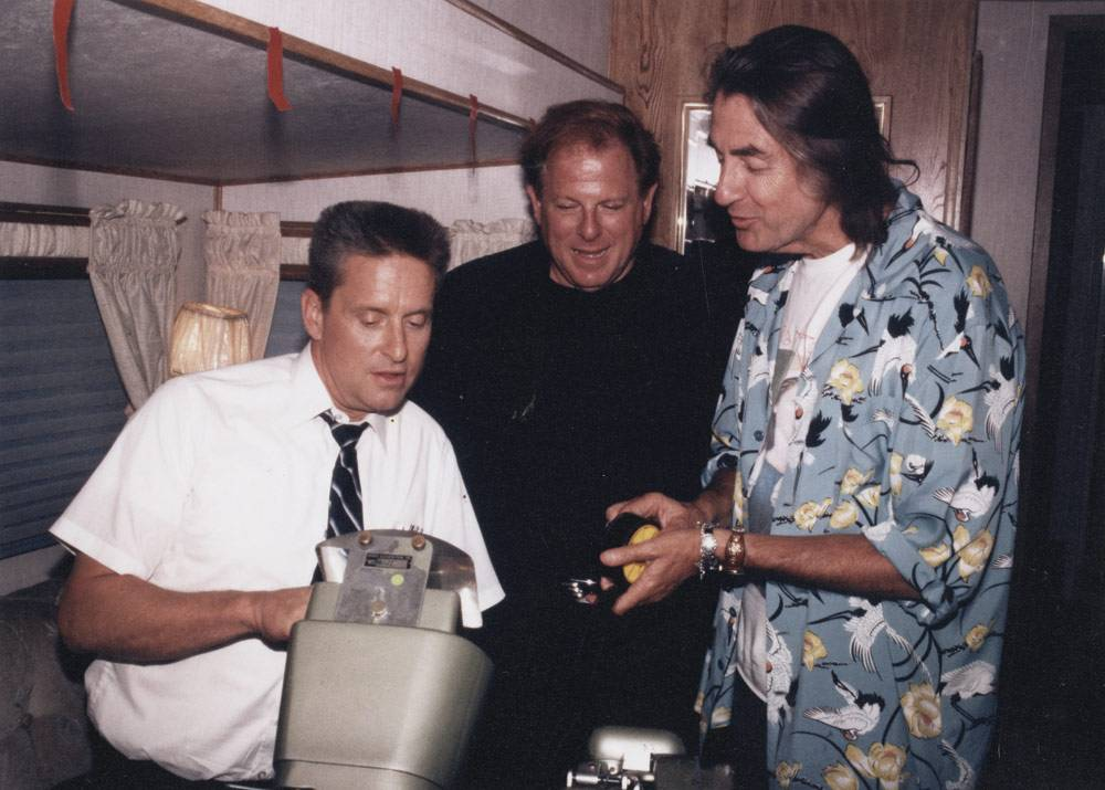 Arnold with Michael Douglas on the set of Falling Down