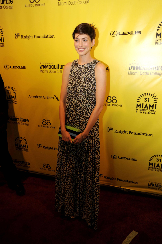 Anne Hathaway6