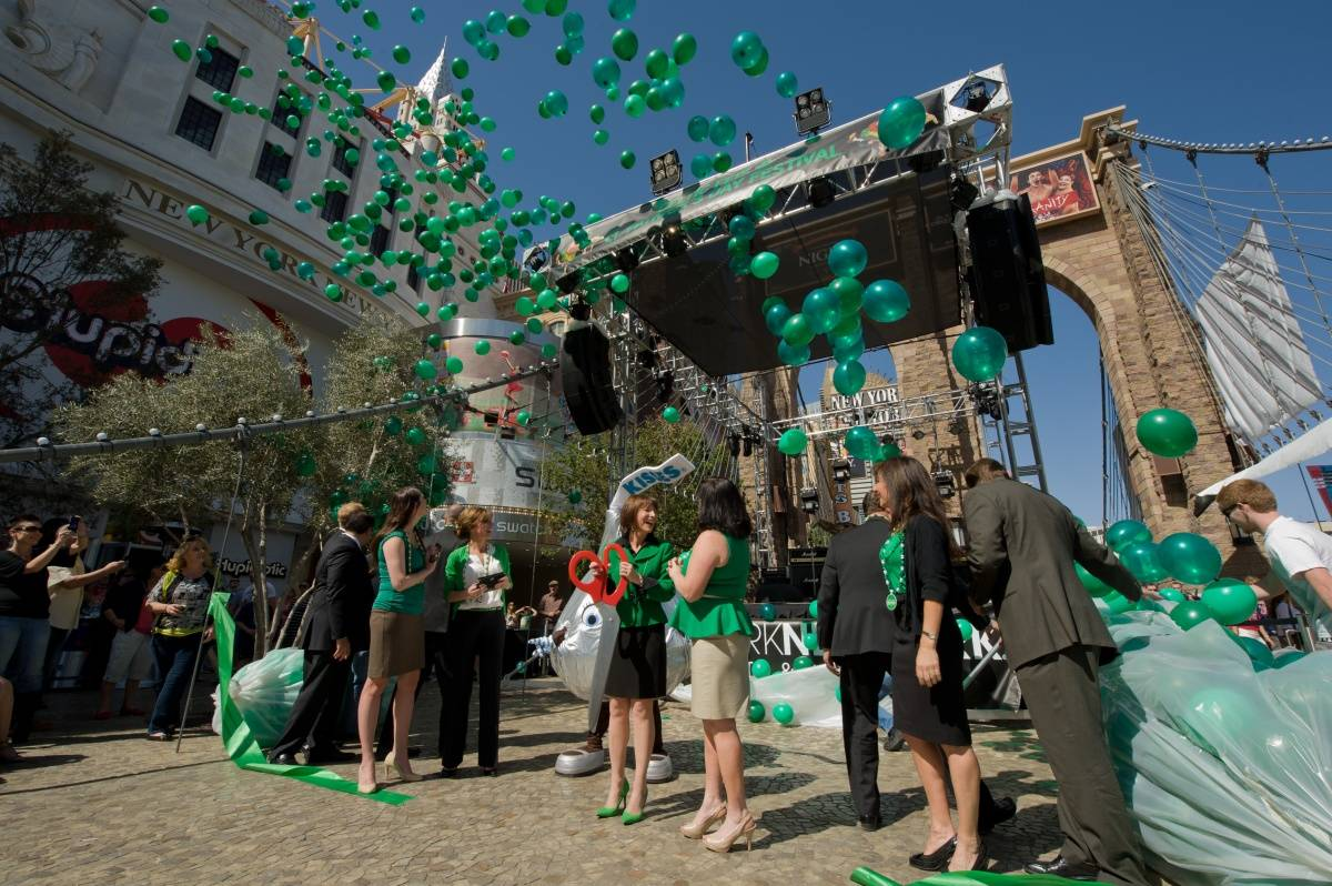 Balloon Release at New York-New York's Ribbon Cutting (3)