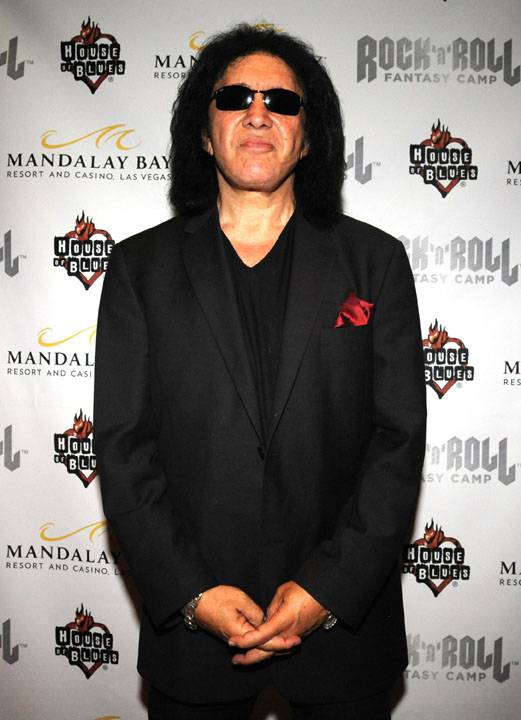 Gene Simmons Poses at RRFC at Mandalay Bay 3.29.14
