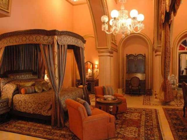 Grand-Presidential-Suite