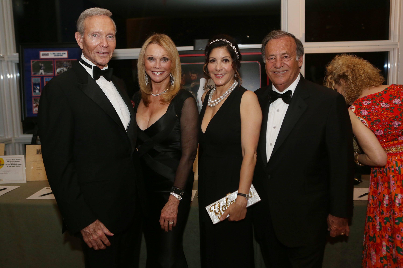 Mel Harris, Fran Harris, Yolanda Berkowitz & Jeff Berkowitz