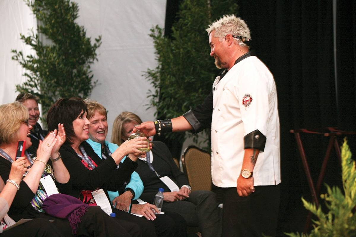PBFW.Chef-Guy-Fieri-Cooking-Demo.-Credit-BarnabyDraperStudios