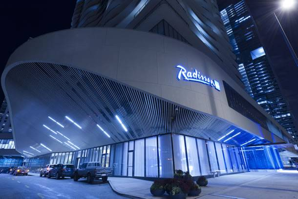Radisson-Blu-Aqua-Hotel-Chicago-3